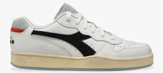 Diadora Witte sneaker met grijze zool Basket Low Icona